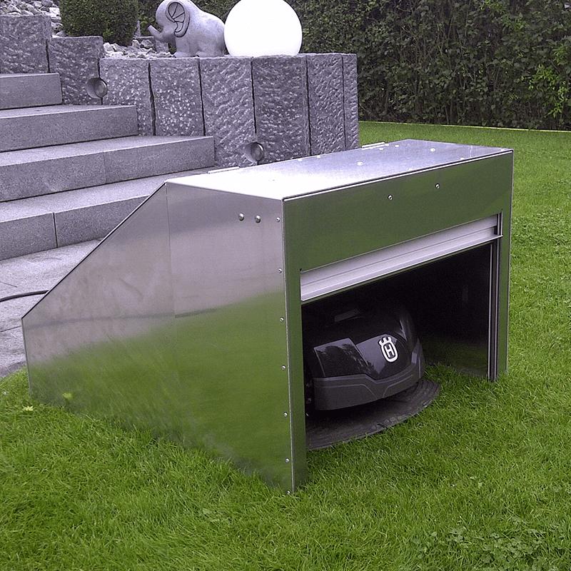 Abris robot tondeuse à volet roulant en blanc